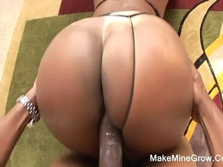 Hot Ebony Sucked A Huge Cock And Got